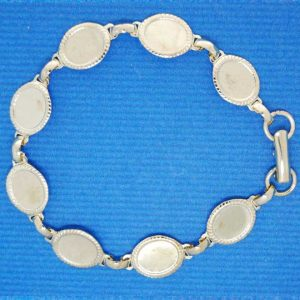 Bracelet with cup | silver base metal