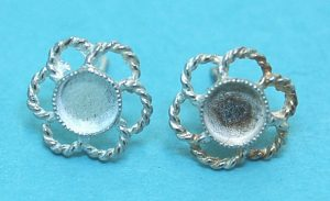 5mm Cab Flower Earstud Fitting