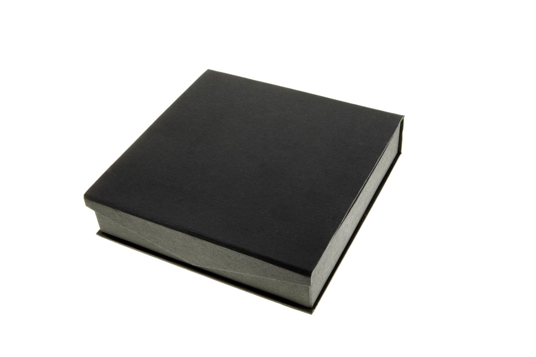 Necklet Box | Black (close)