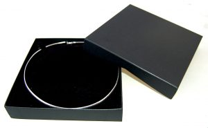 Necklet Box | Lift off Lid | Black