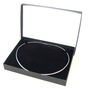 Necklet Box | Black