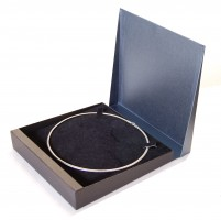 Necklet Box | Black and Grey