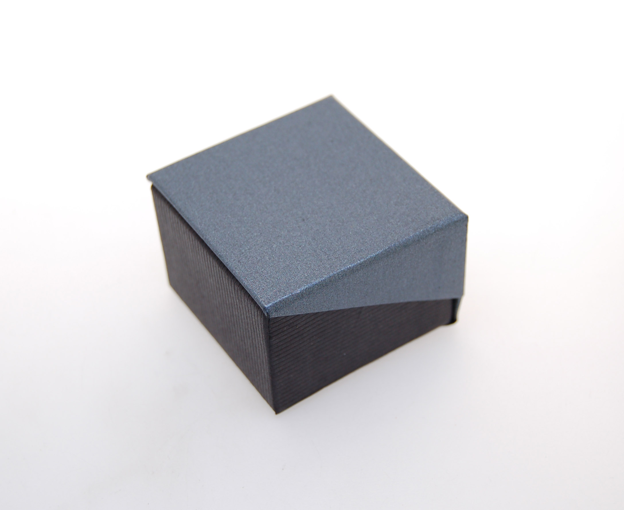 Ring Box | Black and Grey (Close)