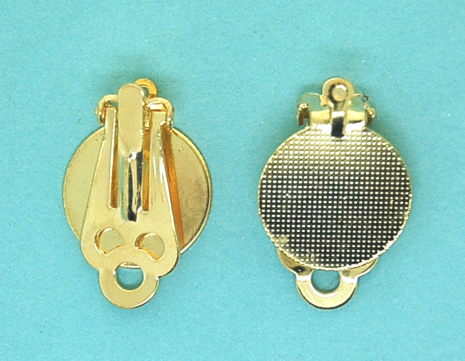 Clip on earring with pad and ring | Gilt base metal