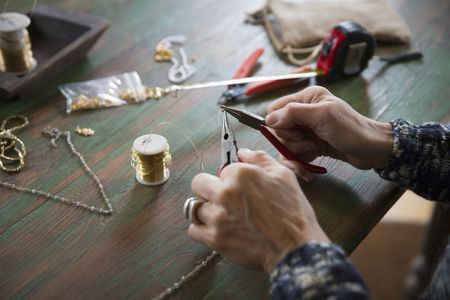 How to Choose the Right Pliers for Jewellery Making