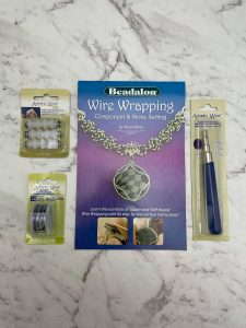 Gift set: Wire Wrapping booklet, mandrill, wire and straightener